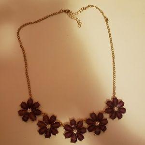 Jewelry - Purple flower necklace.